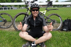 Simon Keen raising funds for SIMCAS